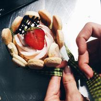 Making of Naked-Strawberry-Törtchen.