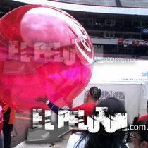 pelota transparente para concierto