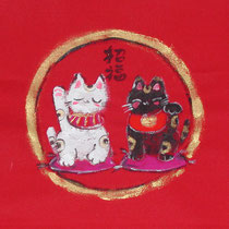 招き猫2匹 / なめらかな布・墨彩画