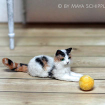 PLAYFUL 1:12 CALICO CAT