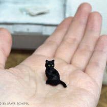 CUTE BLACK 1:12 KITTEN