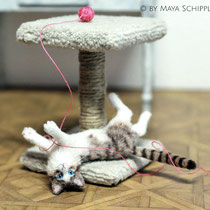 PLAYFUL 1:12 CAT