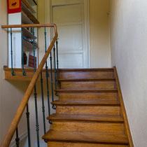 escaliers vers la suite