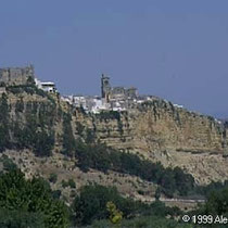 291.15 Arcos de la Frontera. Vista panoramica di Arcos, uno dei più suggestivi tra i Pueblos Blancos. © 1999 Alessandro Tintori