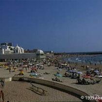 294.09 Cadiz. Anche Cadiz e' dotata di diverse spiagge, anche se piu' affollate di quelle sulla costa. © 1999 Alessandro Tintori