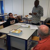 M. Crispin NGULUNGU, le représentant d'HSF - antenne RDC -, explique les réalités de conditions de vie sociale des handicapés du Congo