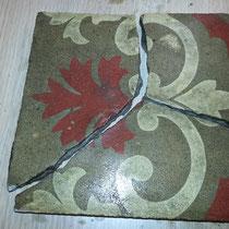 reparación de piezas de mosaico hidraulico