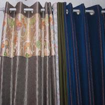 着物の帯をハトメカーテンにリメイク