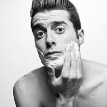Un homme et son reflet - Photographe: Marianne Duval