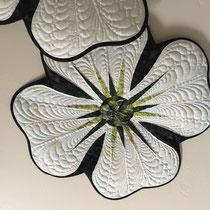 Dogwood place mat quiltworx pattern