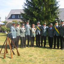 2008 - Schützenkönigin Marion Schlieckau-Warncke (hier bei Majestät im Garten)