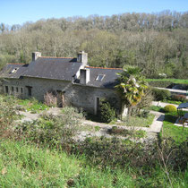 La maison du Canal de Kergoat et son jardin aromatique