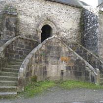 Chapelle de Saint-Herbot : escalier