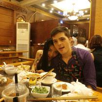 Ashton (unser Counselor) und Sheila (seine Ex) im Hot Pot Restaurant - ich werd euch vermissen!