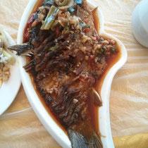 ...und der Fisch wurde dann gleich vons uns verspeist ;)