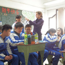 """""""Unterricht"""" (oder wohl eher: alle ziehen sich irgendwelche schlechten koreanischen Serien auf ihren iPads rein :D)"""