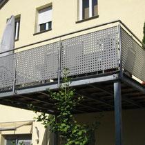 © Balkone aus Stahl / Edelstahl und Glas Metalllbau Büttner Schwabach