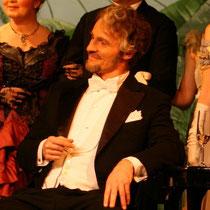 Die Fledermaus, Dr. Falke (2008)