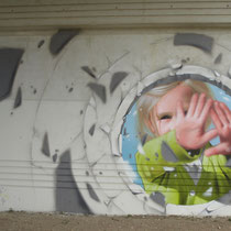 Blow - JEAN ROOBLE - Spraypaint on wall - 5 x 10 m - for Le Mur du Souffle - Bruges (2017)