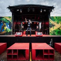Dancehall Set @ REGGAE SUN SKA Festival - JEAN ROOBLE X ODEG - Spraypaint on PVC (3 x 6 m) - Bordeaux, 2014 ©Valentin Campanie