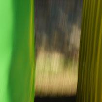 hinterm vorhang