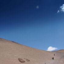 Lingshi Laya Trekking