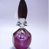 貴婦人の香水瓶