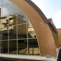 Museo Etnografico e Archeologico di Marianopoli - Foto vetrata strutturale con arconi in legno lamellare