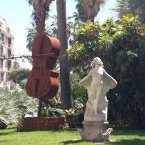 Statur in der Innenstadt - die Stadt der Musik