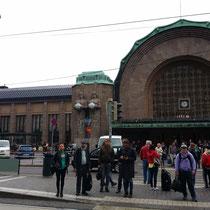 der imposante Kopfbahnhof von Helsinki