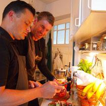 Fachgespräche in der Küche