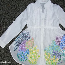 花咲きほこるシャツワンピース