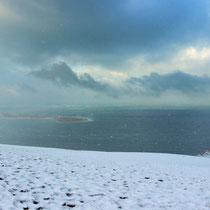 Dune du Pilat sous la neige avec le Banc d'Arguin