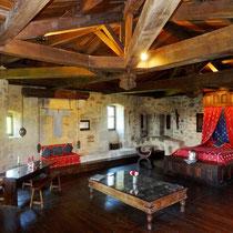 Chambre Royale sejour medievale au chateau_fort de Tennessus