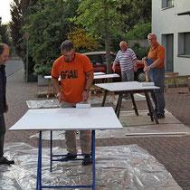 Vorbereitungen für die Ausstellung mit hist. Fotos anlässlich des Klosterfestes 2010