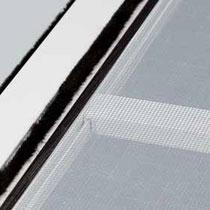 Detalle de mosquitera corredera (barra refuerzo para grandes dimensiones)