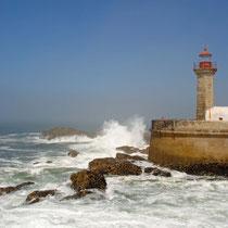 Einfahrt nach Porto in den Douro