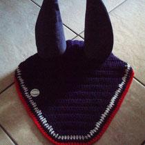 Bonnet bleu marine liseré blanc et rouge, taille cheval (ref 47)