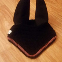 Bonnet noir, liseré rose, taille cheval (ref 110)