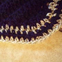 Bonnet bleu marine, liseré argent, taille poney D (ref 19)