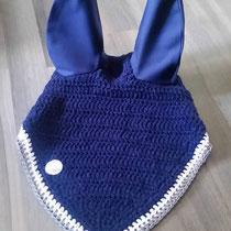 Bonnet bleu marine, liseré gris et blanc, taille Poney D (ref 121)