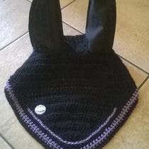 Bonnet noir, liseré violet, taille cheval (ref 90)