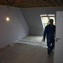 Prêt pour la peinture de la chambre Parme du blockhaus