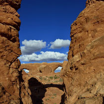 Tourret Arch with double Arch - Arches National Park [Moab/Utah/USA]