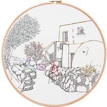 Panarea : 30 cm; carta; disegno a china; ricamo con filo di seta; telaio; 2019; (collezione privata)