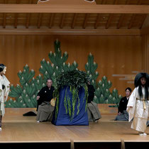 3月18日『隅田川』シテ 辰巳満次郎、子方 和久凜太郎