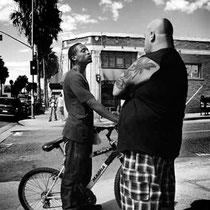 Noir et blanc argentique Leica M6 Santa Monica rencontre sur Main street