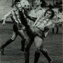 Derby contra el Salleko en Ellakuri, en la temporada 1989-90.