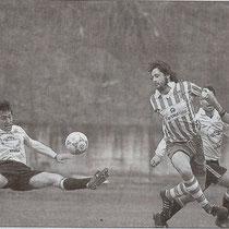 Sabino, en un partido contra el Huracán Lakua de 1999.