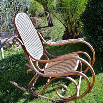 cannage traditionnel Rockingchair Thonet